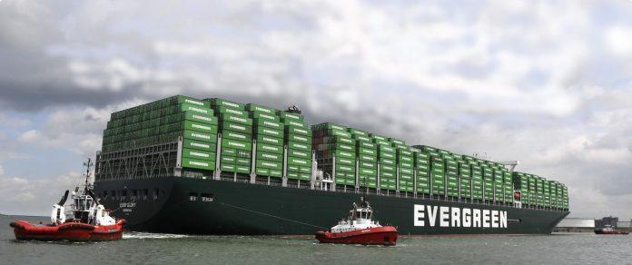 Containers stuwen groei overslag haven Rotterdam